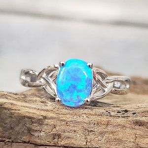 Sterling Silver Blue Lab Opal Ring Size 6